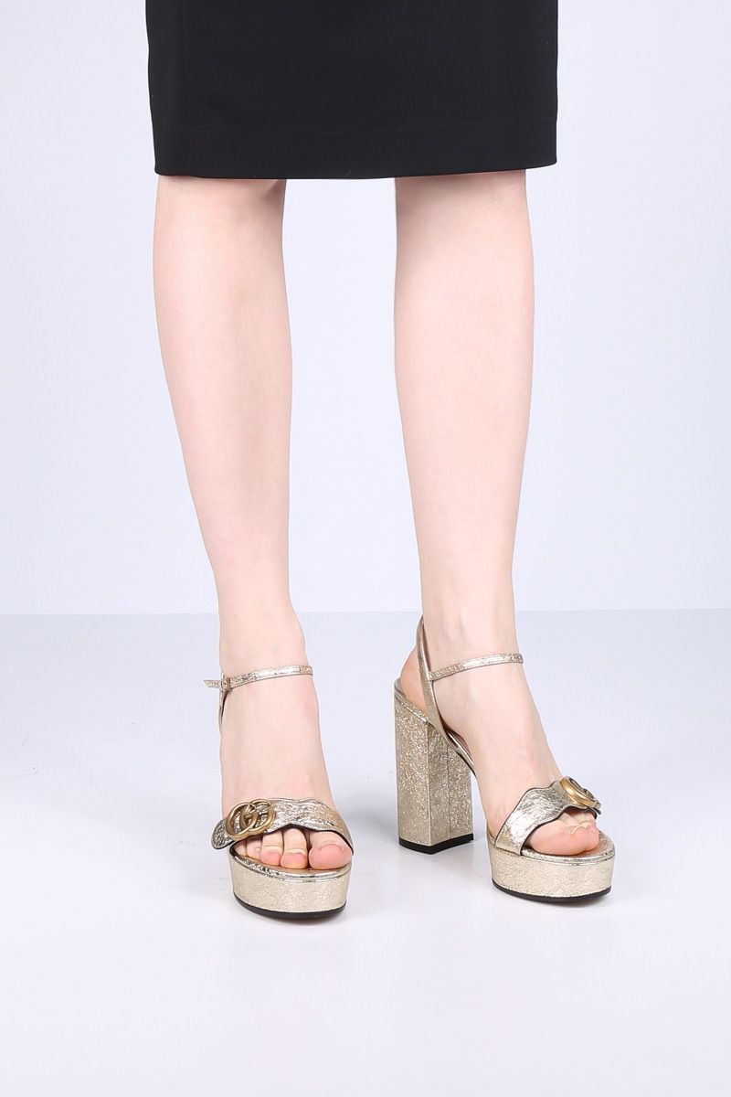 GUCCI: crinkle leather platform sandals Color Silver_2