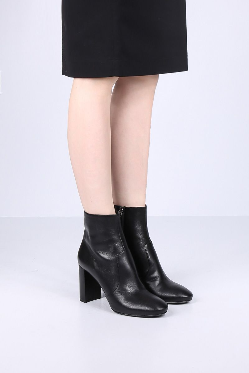 PRADA: soft Madras leather booties Color Black_2