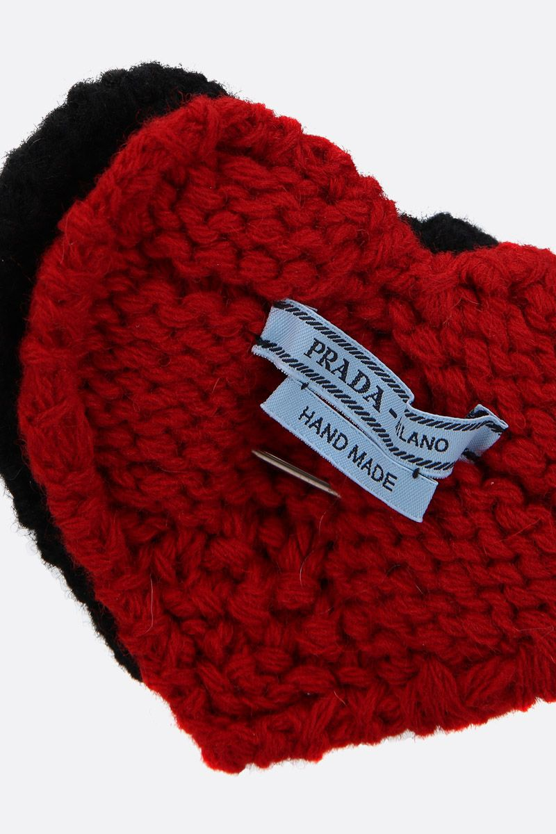 PRADA: brass pin with knit hearts Color Black_2