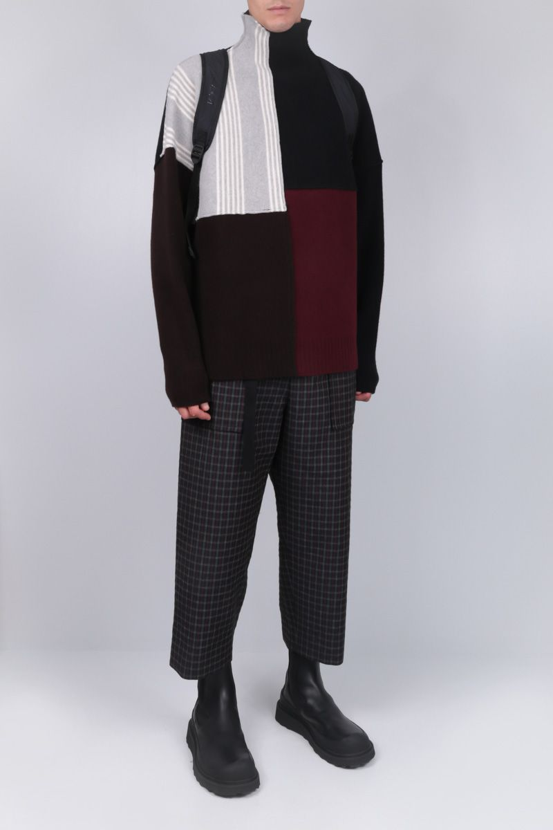 SACAI: pantalone loose-fit in misto lana a quadri Colore Nero_2