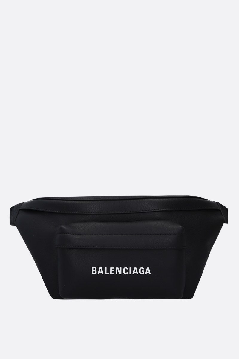 BALENCIAGA: Everyday L smooth leather belt bag Color Black_1