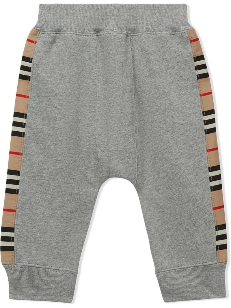 BURBERRY CHILDREN: Icon Stripe band-detailed cotton joggers Color Grey_2