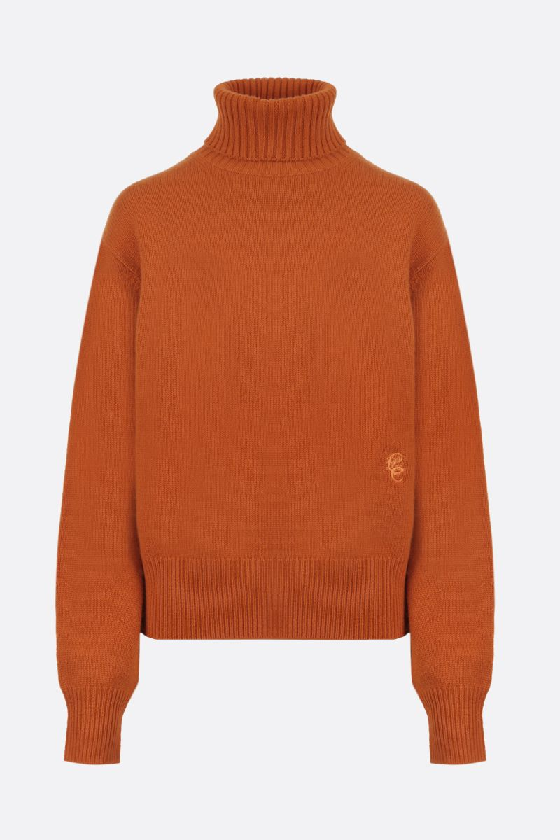 CHLOÈ: C embroidered cashmere turtleneck Color Orange_1