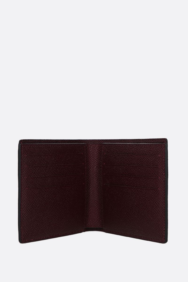 GIVENCHY: Givenchy Paris grainy leather billfold wallet Color Black_2