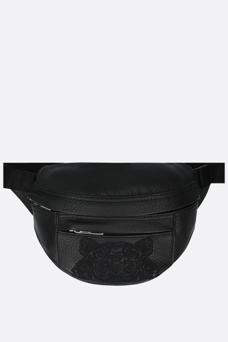KENZO: marsupio Tiger small in pelle martellata Colore Nero_1