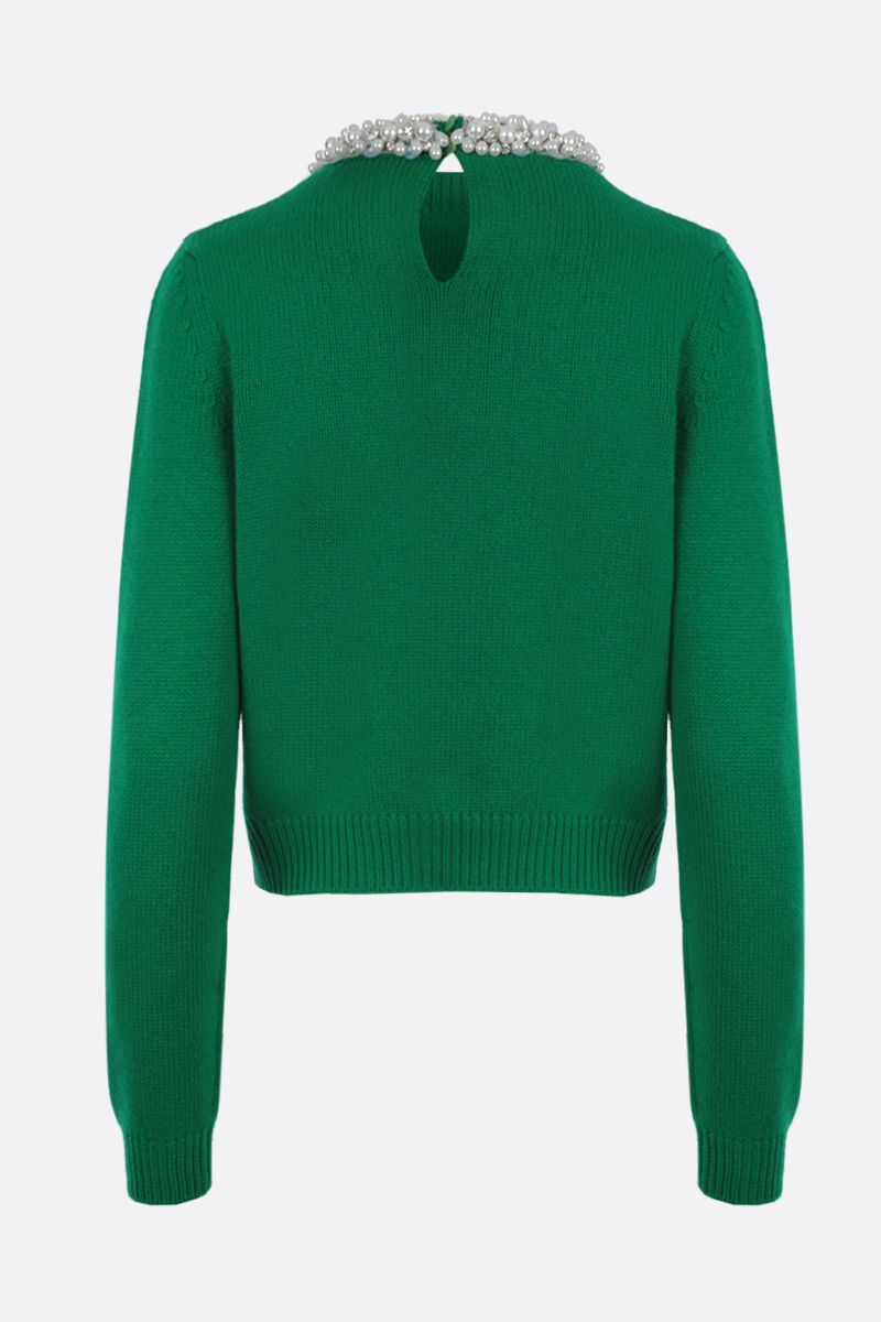 MIU MIU: pearl-embellished cashmere cropped pullover Color Green_2