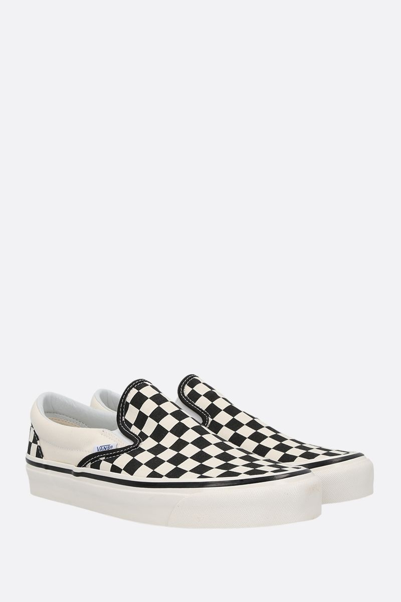 VANS: Classic Checkerboard canvas sneakers Color White_2