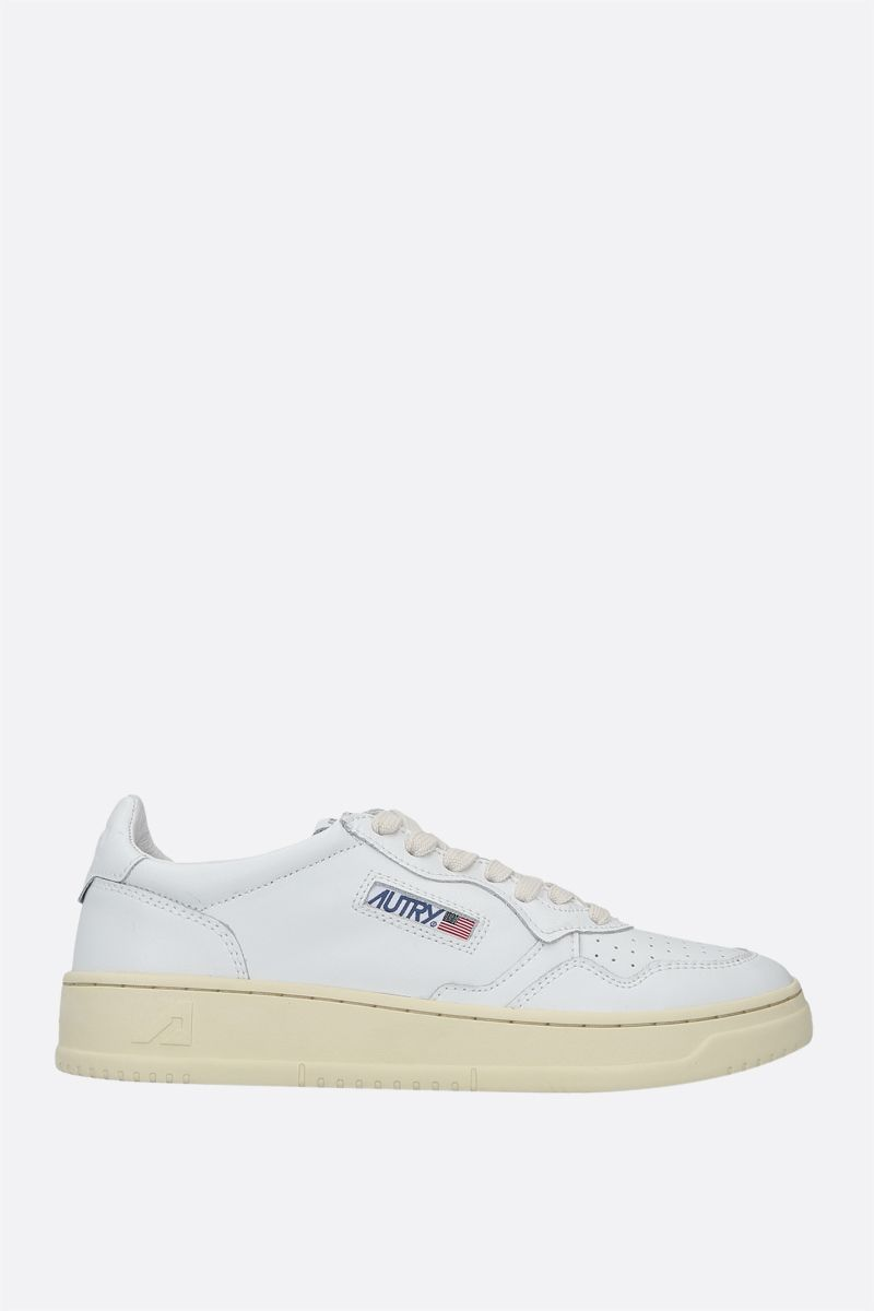 AUTRY: Autry Medalist smooth leather sneakers Color White_1