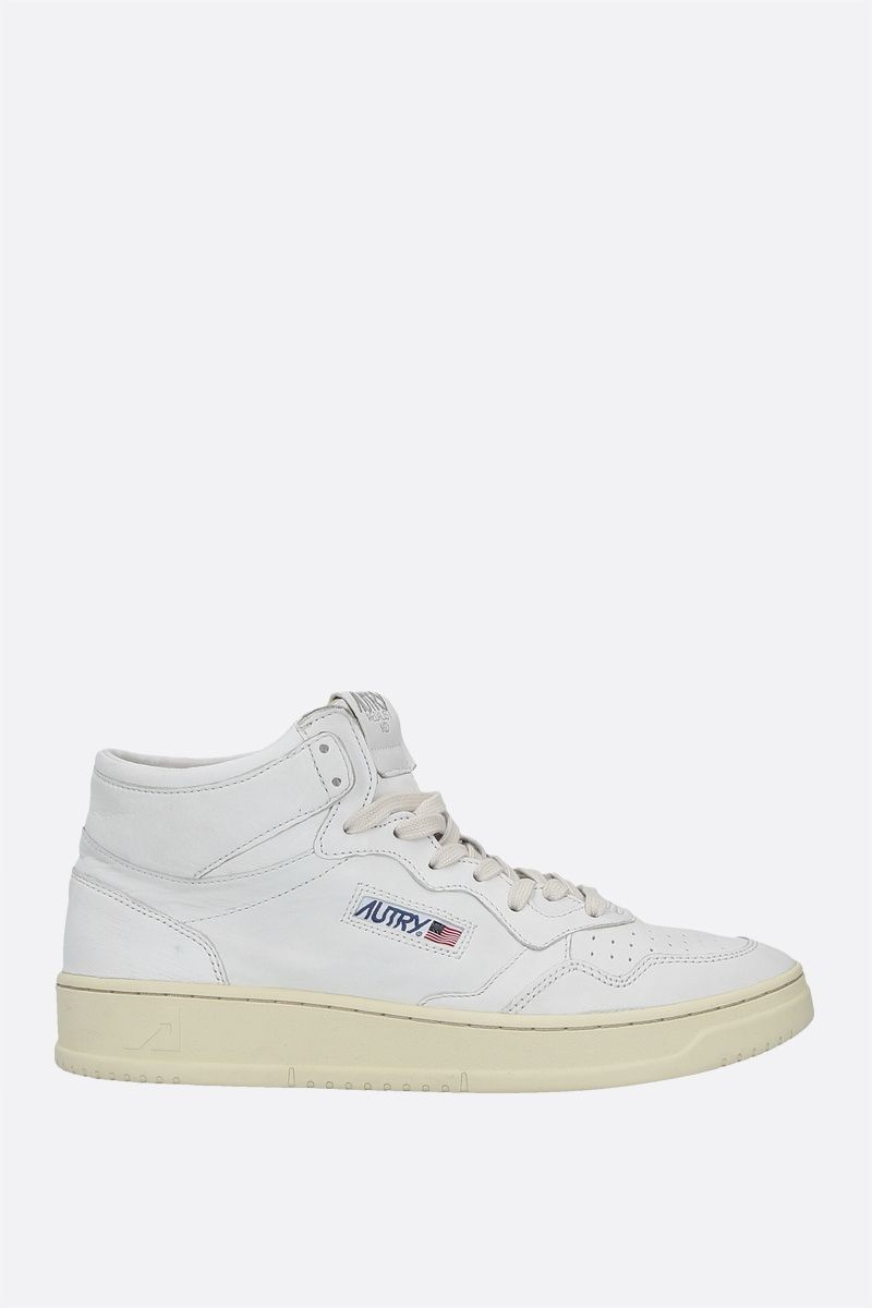 AUTRY: Autry Medalist smooth leather mid-top sneakers Color White_1