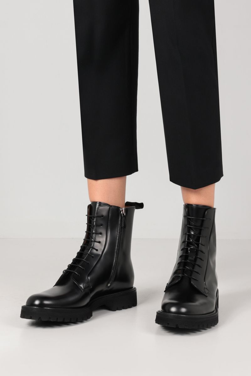 CHURCH'S: Alexandra lace-up booties in Rois leather Color Black_2