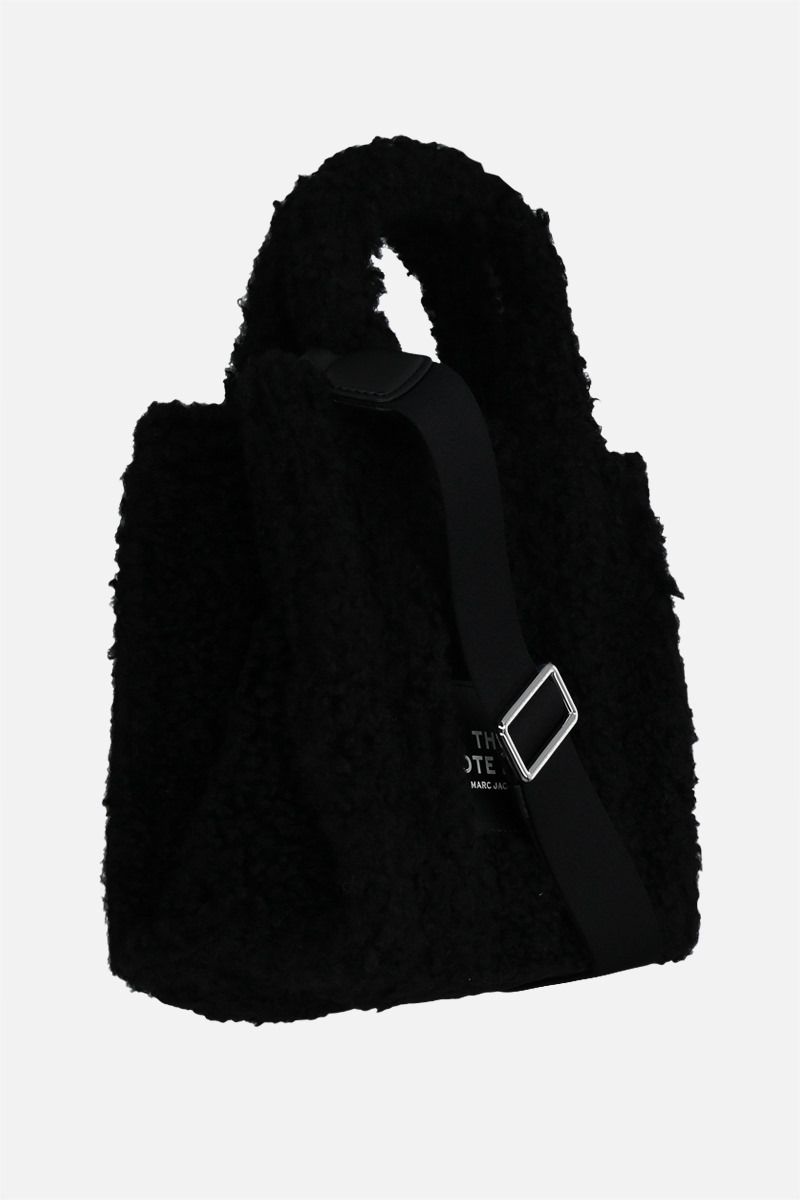 MARC JACOBS: The Teddy mini faux shearling tote bag Color Black_2