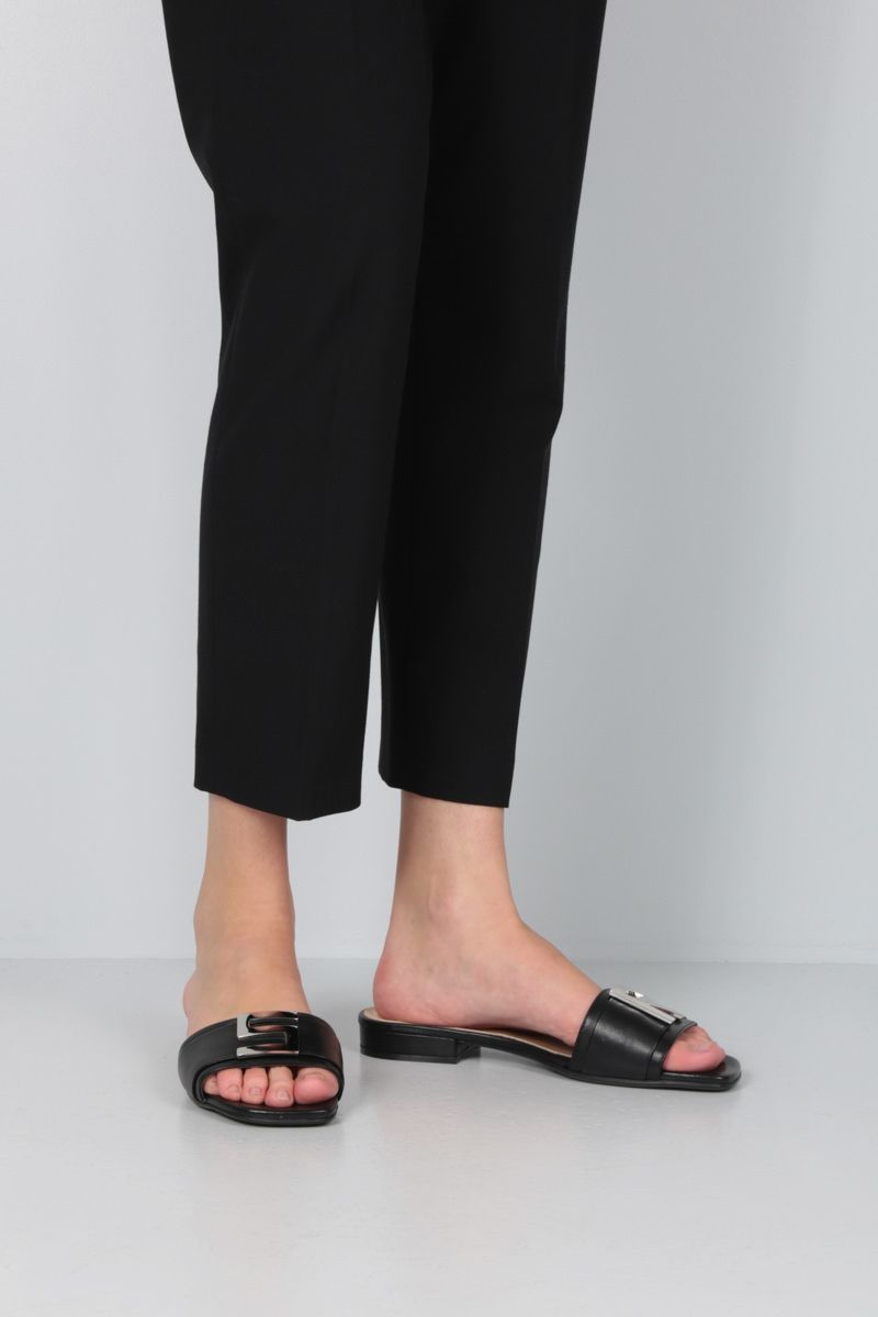 SERGIO ROSSI: Logomaniac soft nappa flat sandals Color Black_2