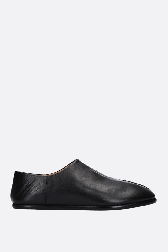 MAISON MARGIELA: Tabi smooth leather slip-on shoes Color Black_1