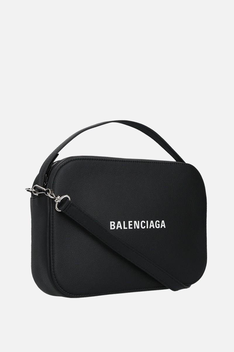 BALENCIAGA: Everyday S grainy leather camera bag Color Black_2