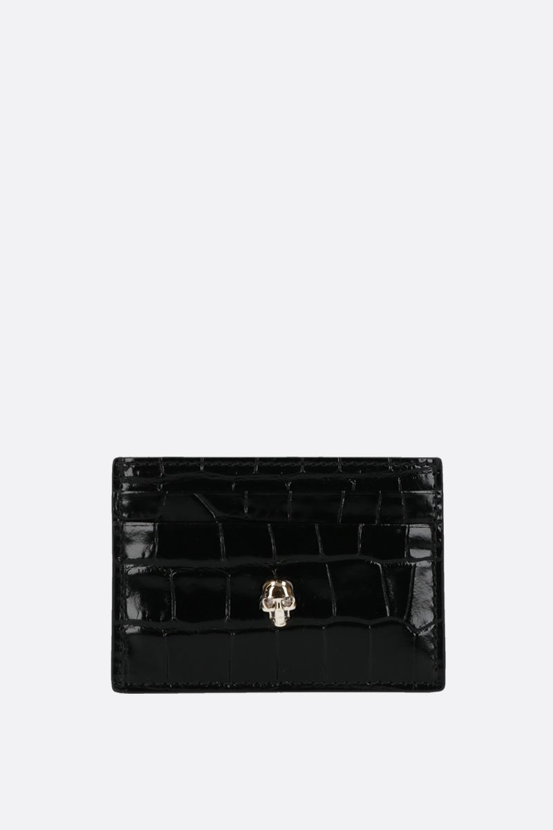 ALEXANDER McQUEEN: Skull-detailed crocodile embossed leather card case Color Black_1