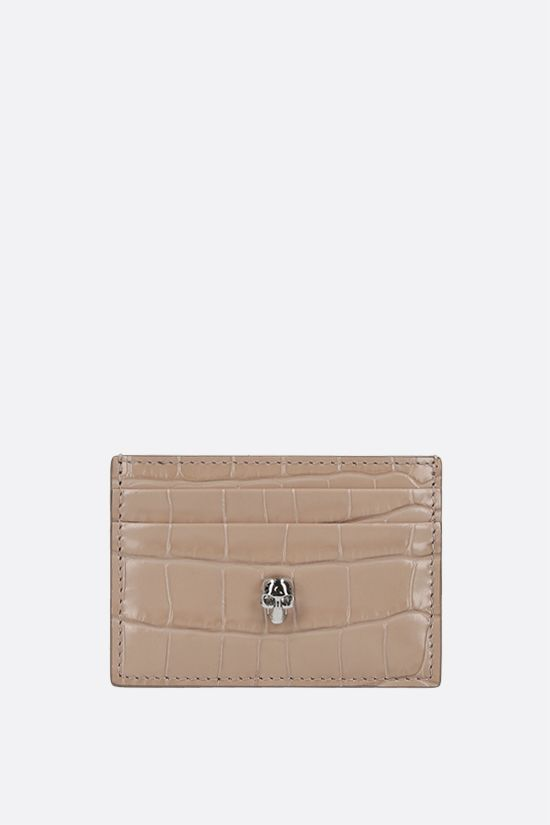ALEXANDER McQUEEN: Skull-detailed crocodile embossed leather card case Color Neutral_1