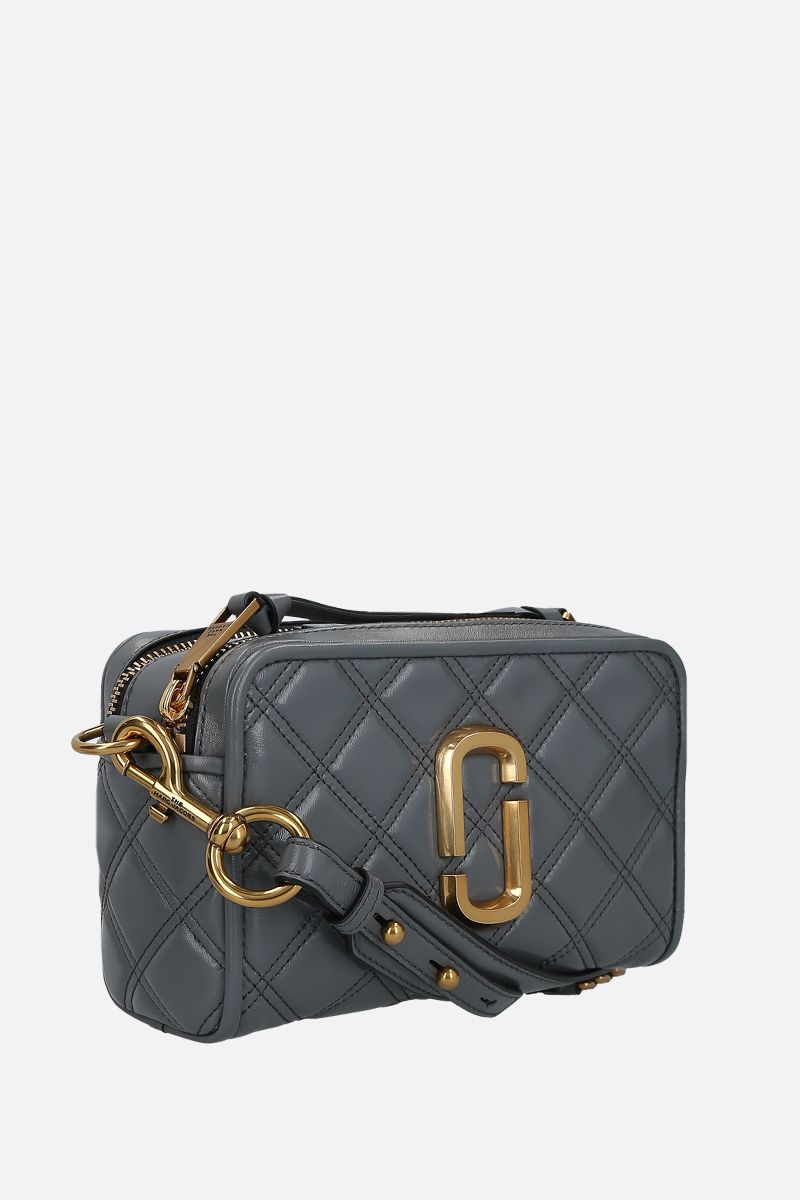 MARC JACOBS: borsa a tracolla The Softshot 21 in nappa matelassè Colore Grigio_2