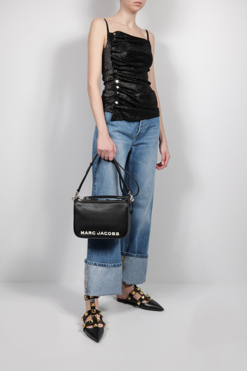 MARC JACOBS: The Softbox grainy leather crossbody bag Color Black_2