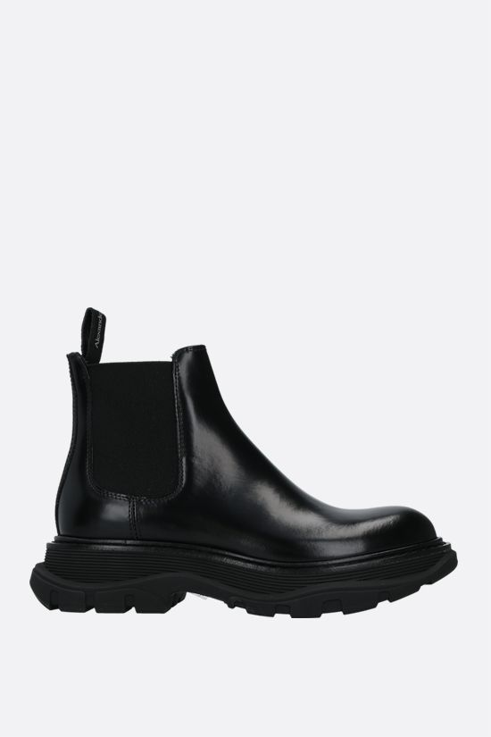 ALEXANDER McQUEEN: Tread brushed calf chelsea boots Color Black_1