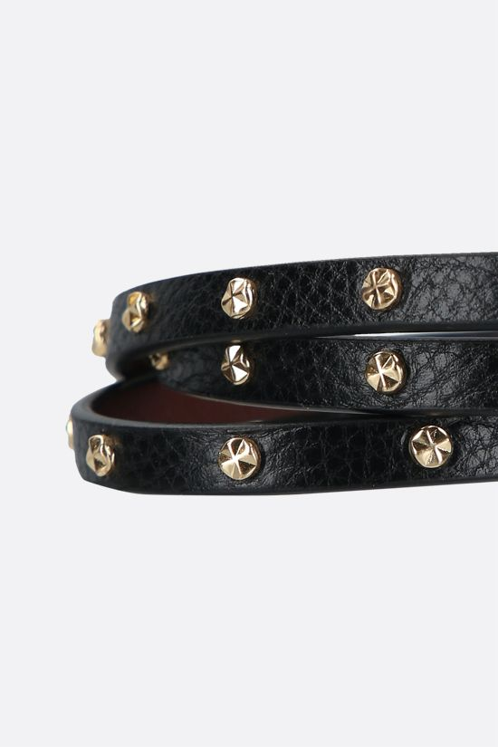 ALEXANDER McQUEEN: Skull studded leather multi-wrap bracelet Color Black_2