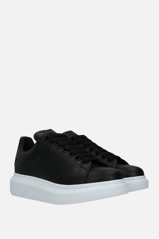 ALEXANDER McQUEEN: Oversize sneakers in Larry leather Color Black_2