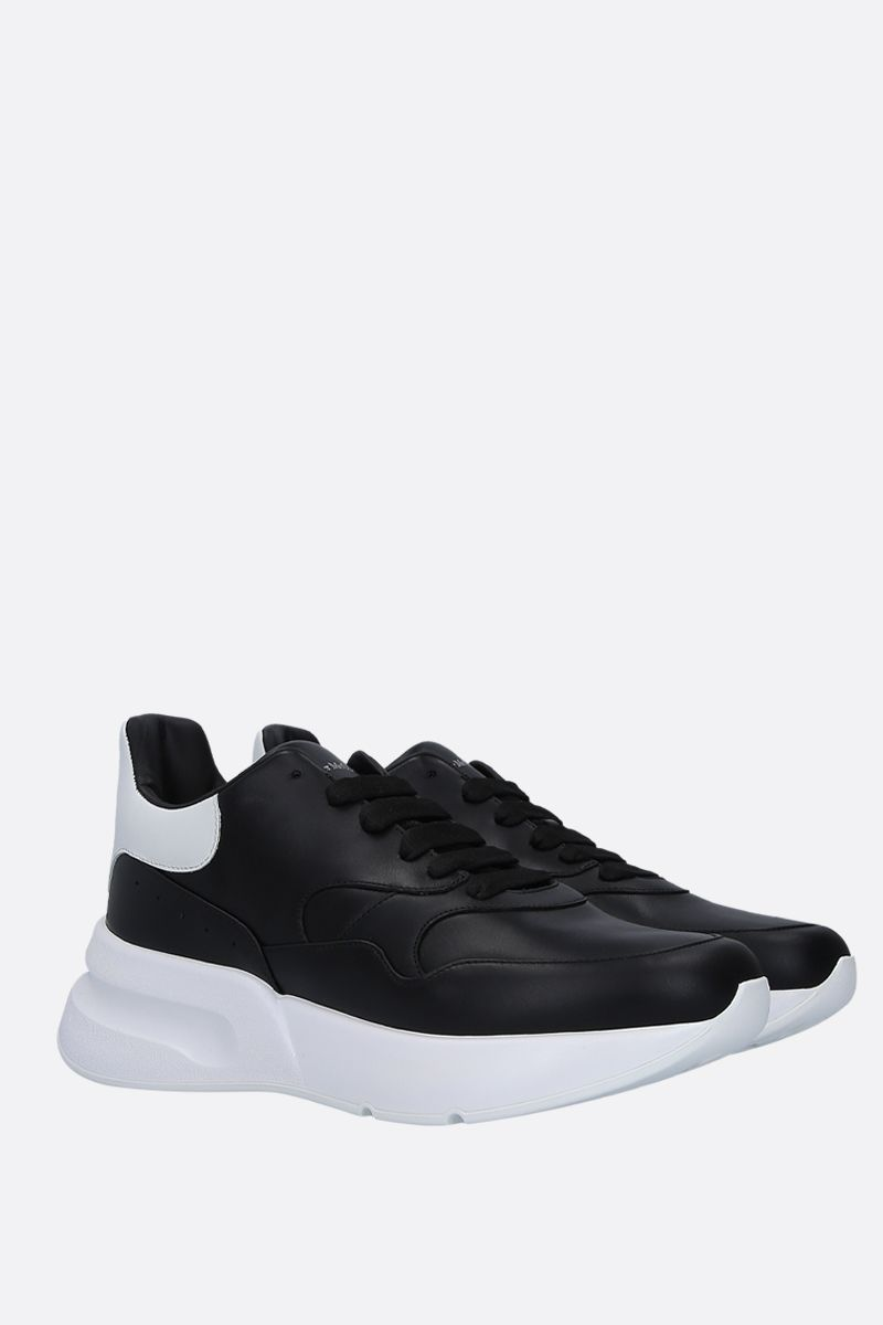 ALEXANDER McQUEEN: Runner Oversize sneakers in smooth leather Color Black_2