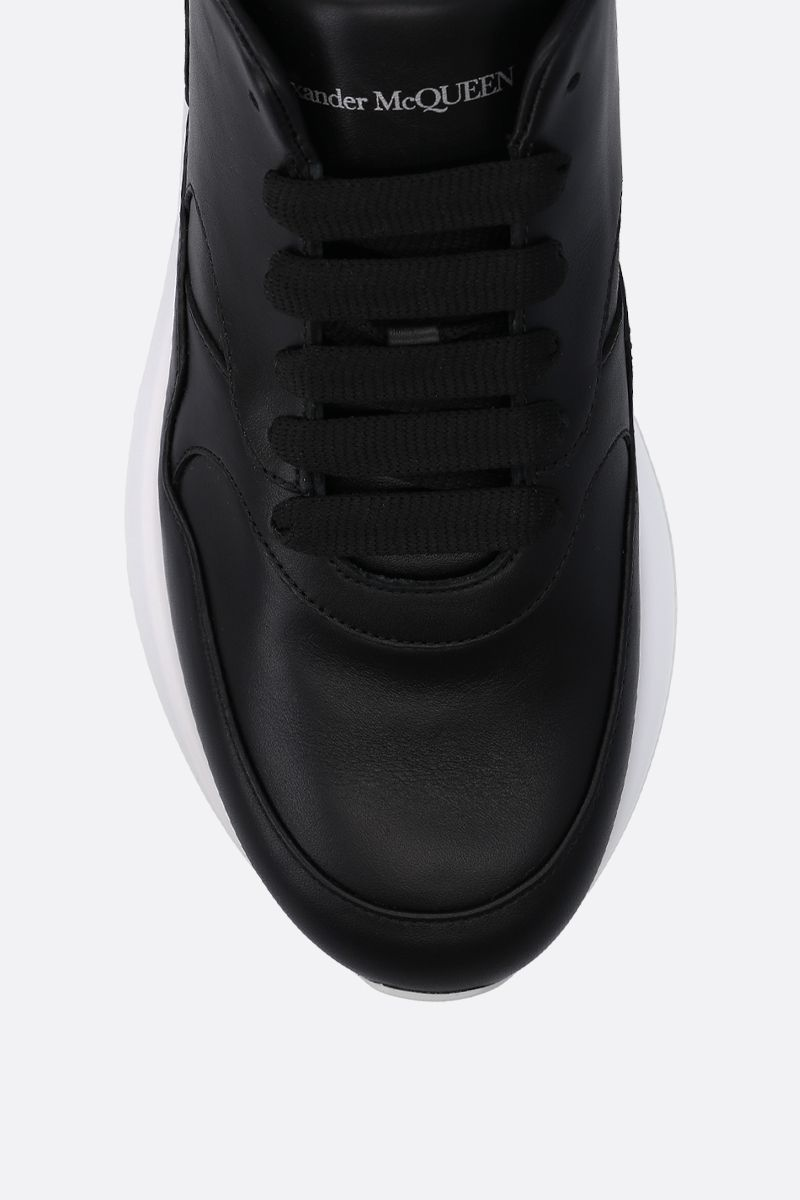 ALEXANDER McQUEEN: Runner Oversize sneakers in smooth leather Color Black_4