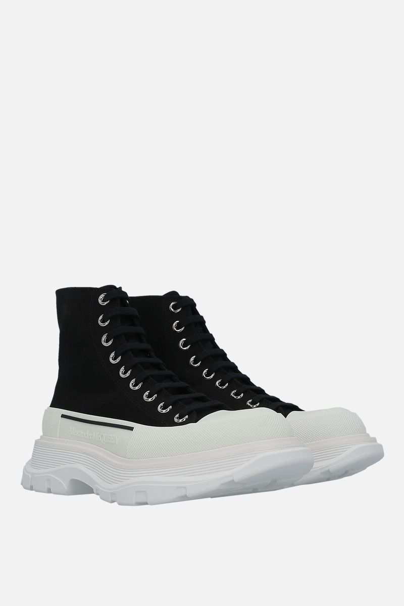 ALEXANDER McQUEEN: Tread canvas combat boots Color Black_2