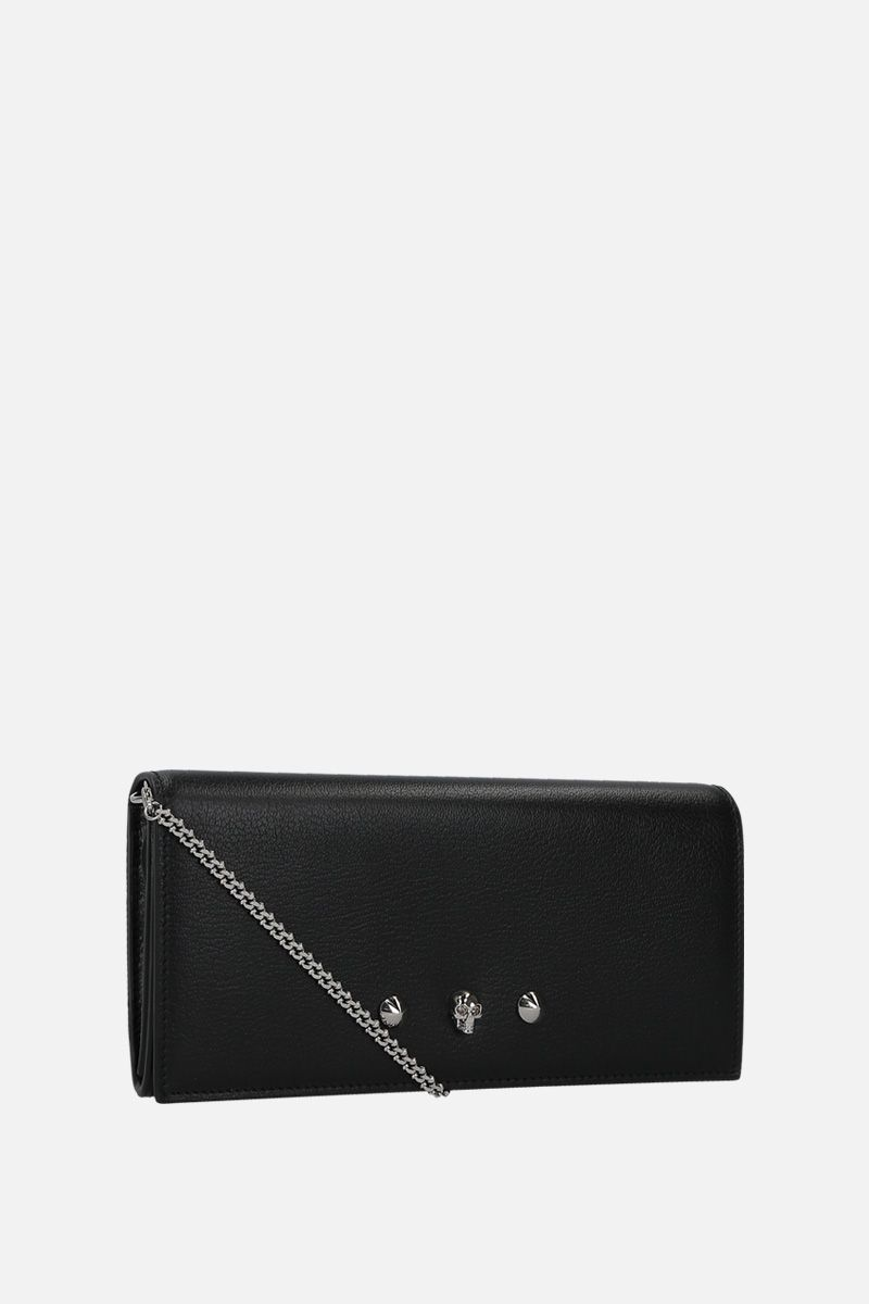 ALEXANDER McQUEEN: grainy leather chain clutch with Skull and studs Color Black_2