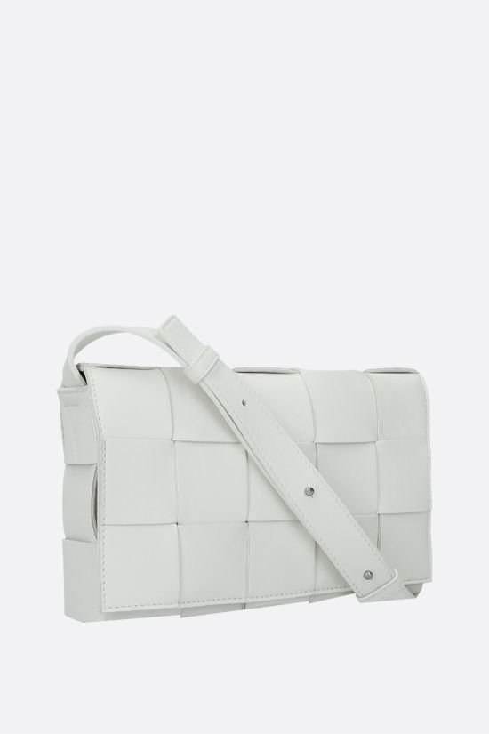 BOTTEGA VENETA: Cassette Maxi Intrecciato nappa shoulder bag Color White_2