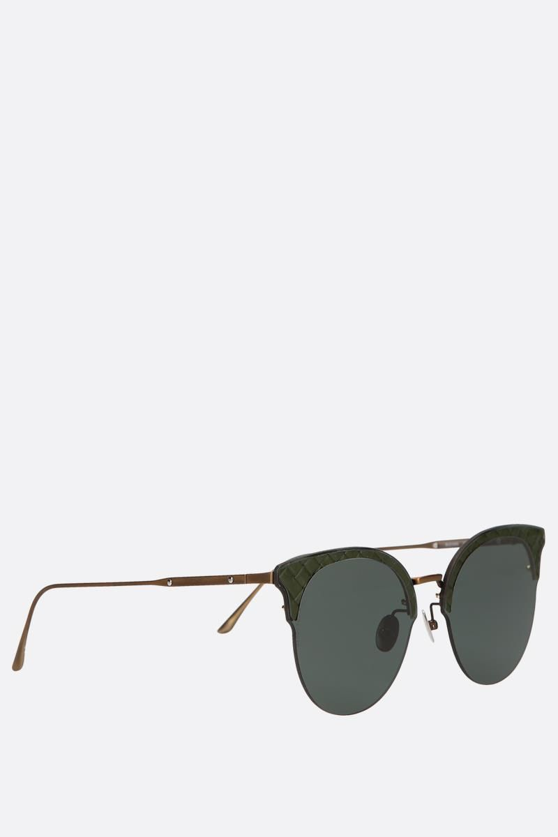 BOTTEGA VENETA: Intrecciato motif metal sunglasses Color Green_2