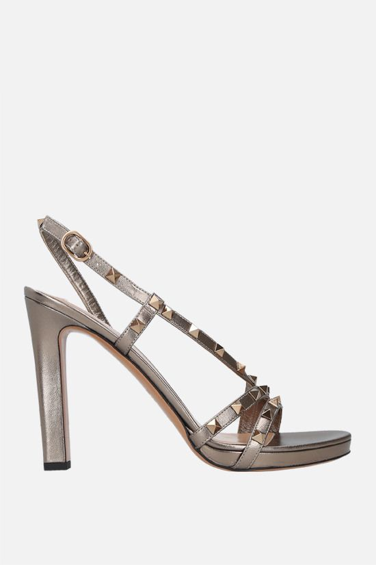 VALENTINO GARAVANI: Rockstud laminated leather sandals Color Grey_1