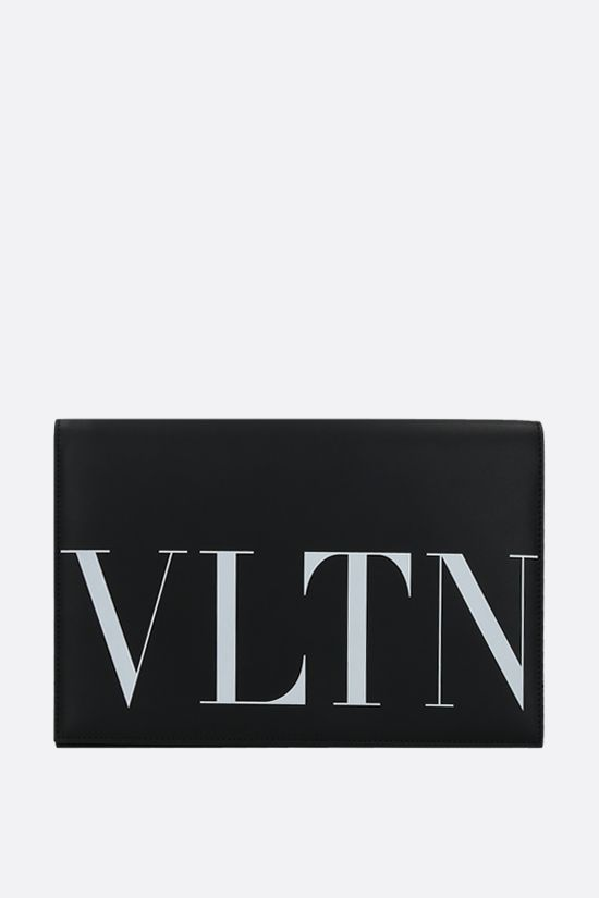 VALENTINO GARAVANI: VLTN smooth leather clutch Color Black_1