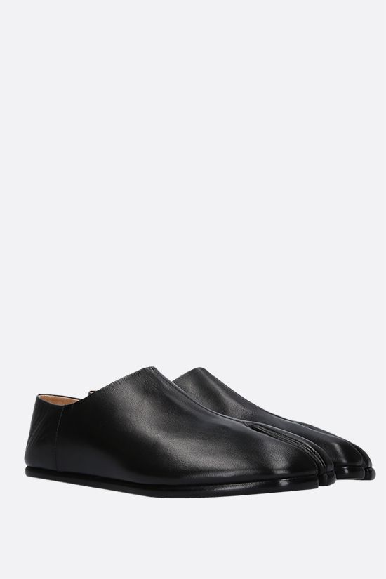 MAISON MARGIELA: Tabi smooth leather slip-on shoes Color Black_2