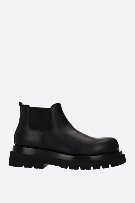 BOTTEGA VENETA: BV Lug smooth leather cheslea boots Color Black_1