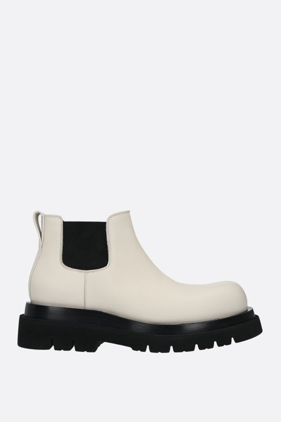 BOTTEGA VENETA: BV Lug smooth leather cheslea boots Color White_1