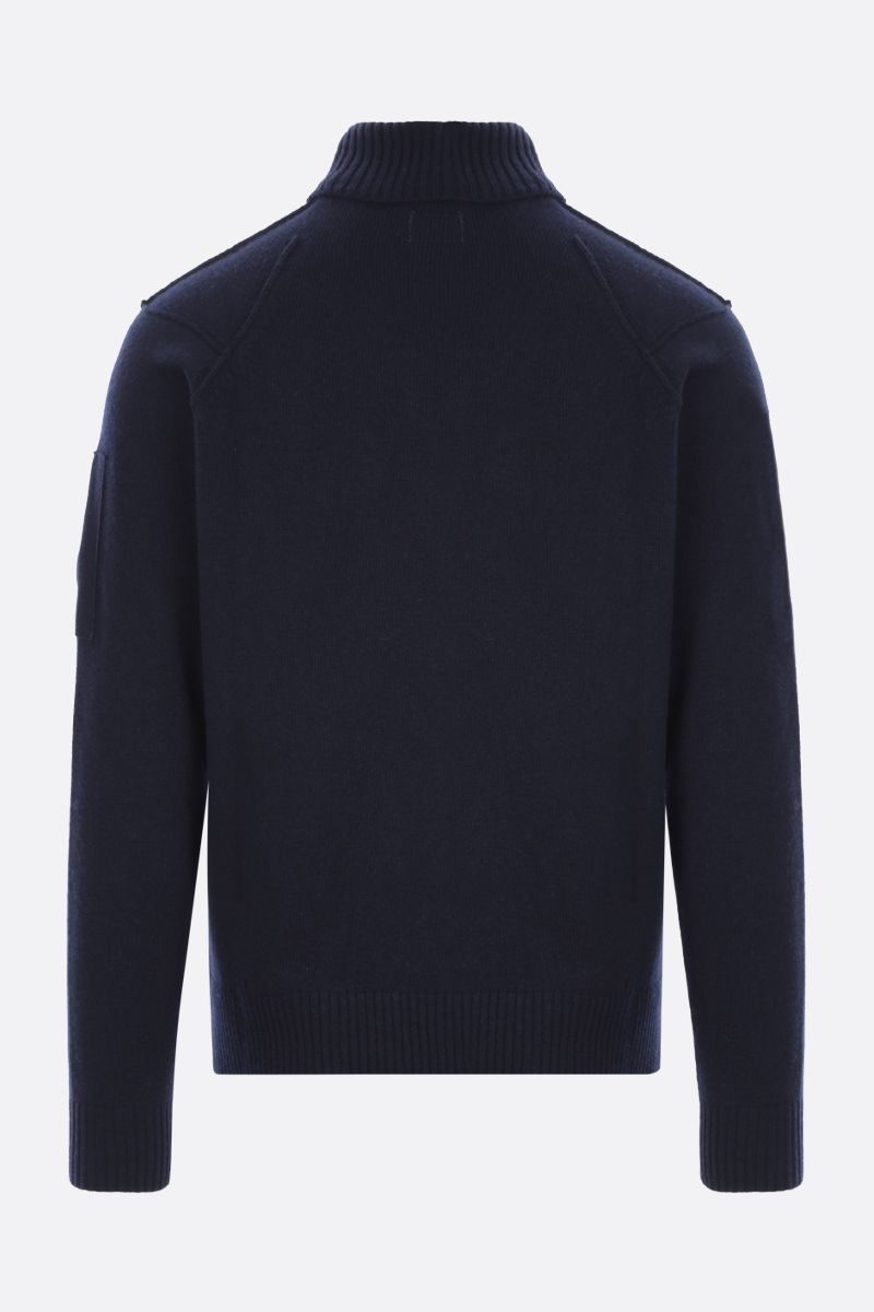 CP COMPANY: logo-detailed technical wool turtleneck_2