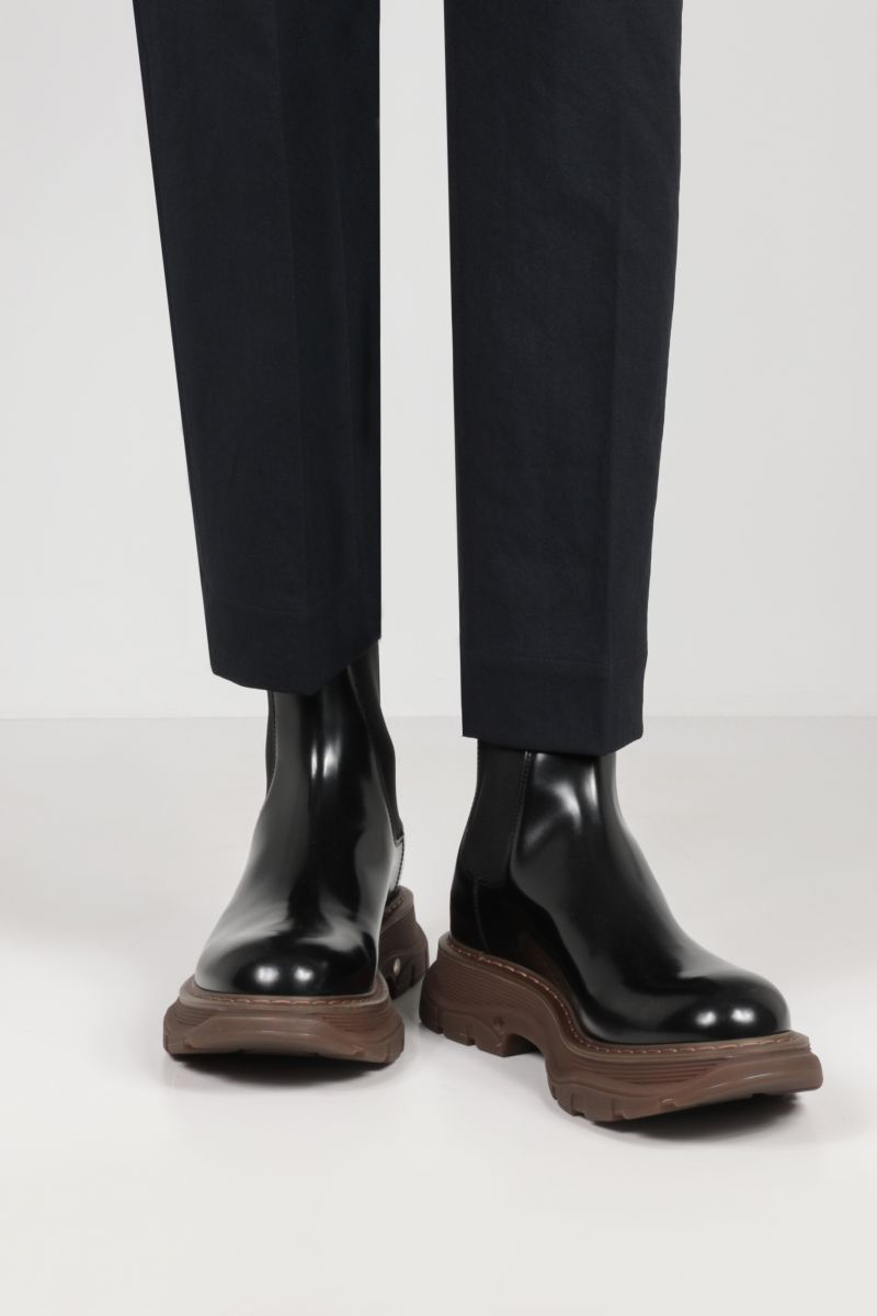 ALEXANDER McQUEEN: brushed leather chelsea boots Color Black_2