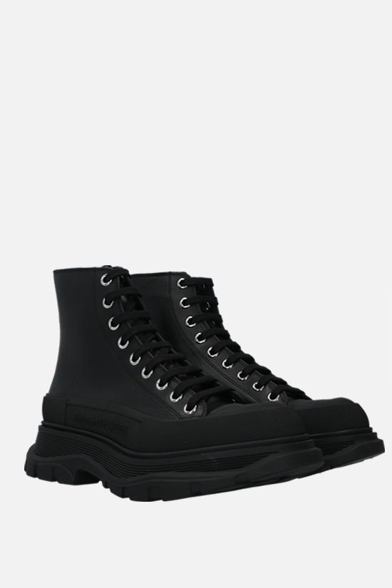 ALEXANDER McQUEEN: Thread smooth leather combat boots Color Black_2