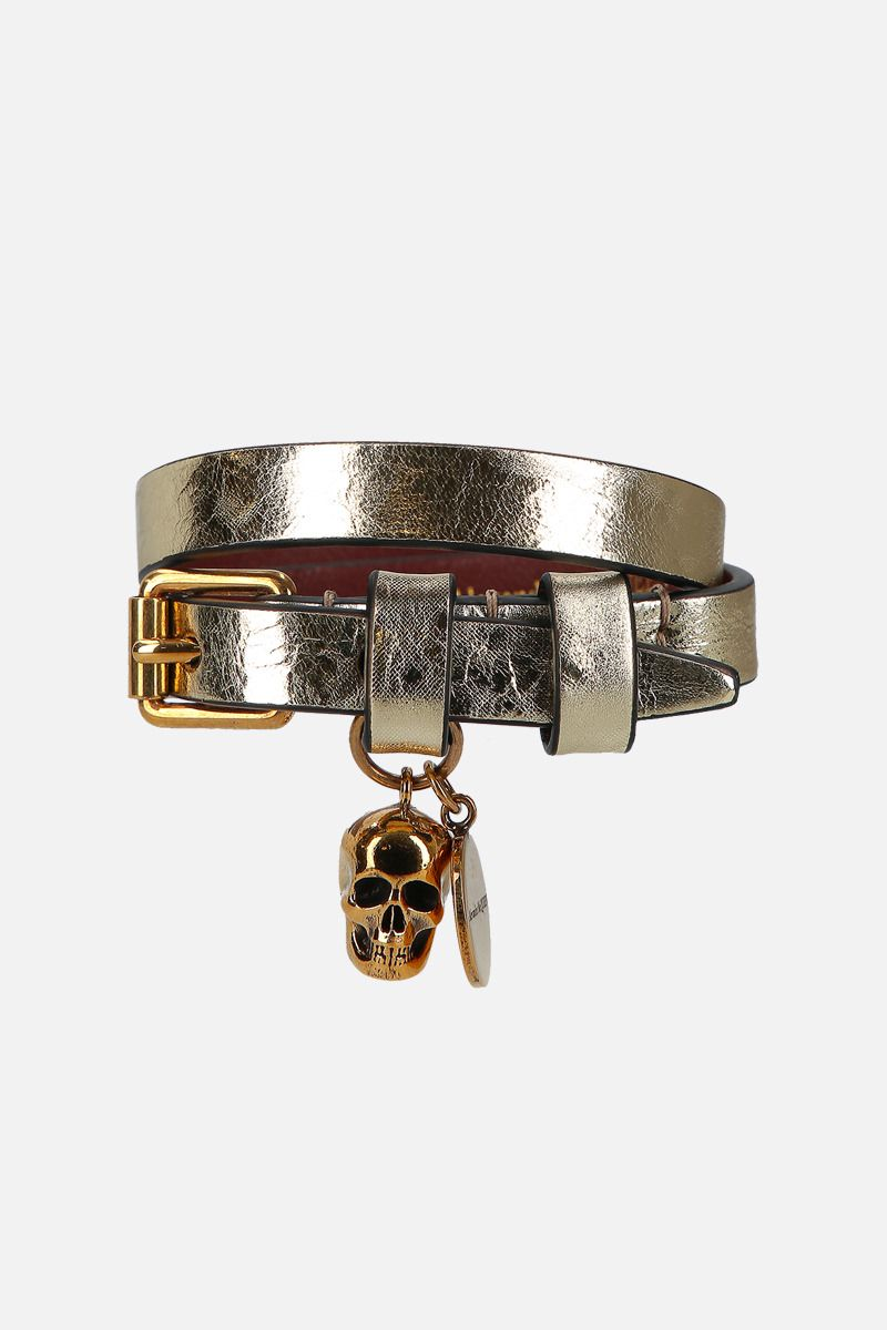 ALEXANDER McQUEEN: Skull laminated leather double-wrap bracelet Color Gold_1