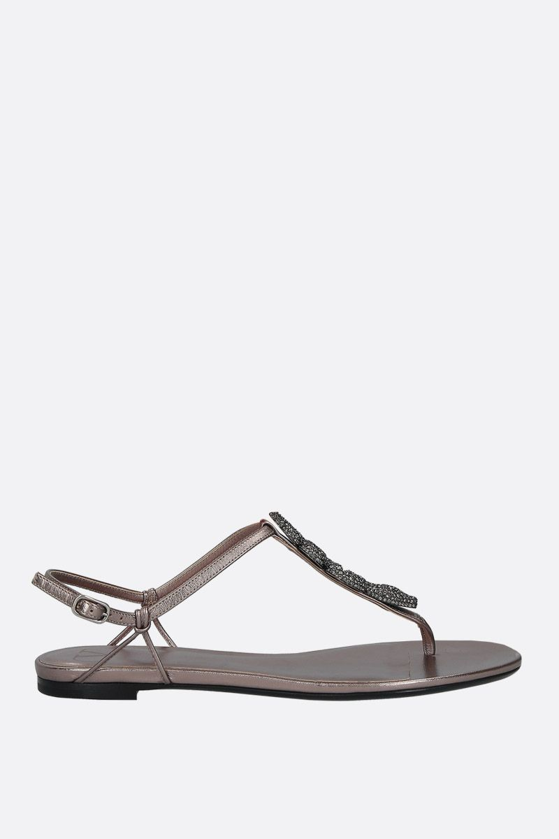 VALENTINO GARAVANI: jewel-detailed laminated leather thong sandals Color Silver_1