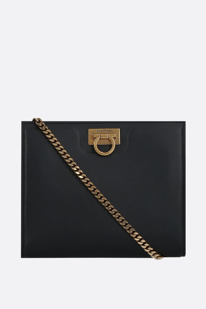 SALVATORE FERRAGAMO: logo-detailed smooth leather shoulder bag Color Black_1