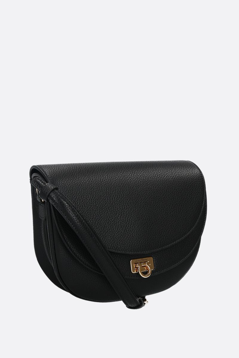 SALVATORE FERRAGAMO: Travelfl grainy leather crossbody bag Color Black_2
