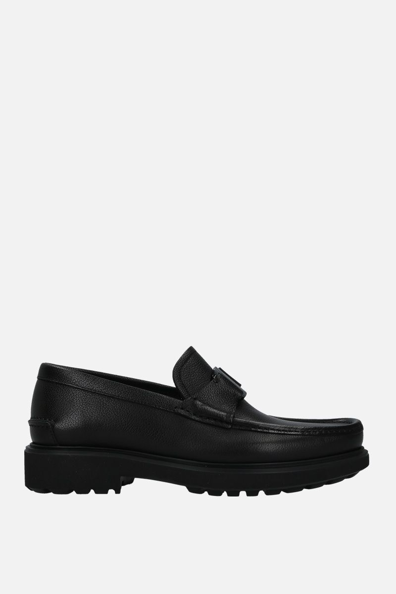 SALVATORE FERRAGAMO: Grimes loafers in textured leather Color Black_1