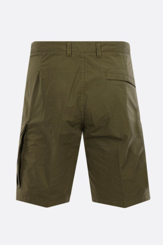 STONE ISLAND: logo badge-detailed stretch cotton shorts Color Green_2