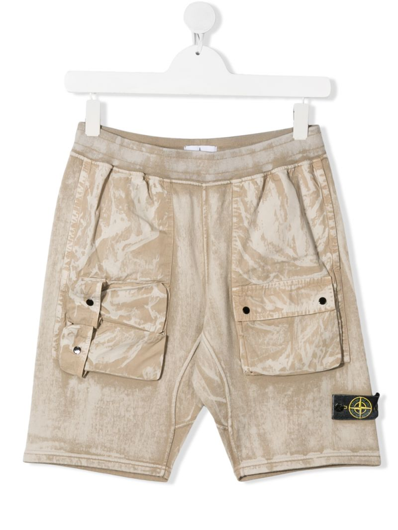 STONE ISLAND JUNIOR: logo badge-detailed cotton cargo shorts Color Neutral_1