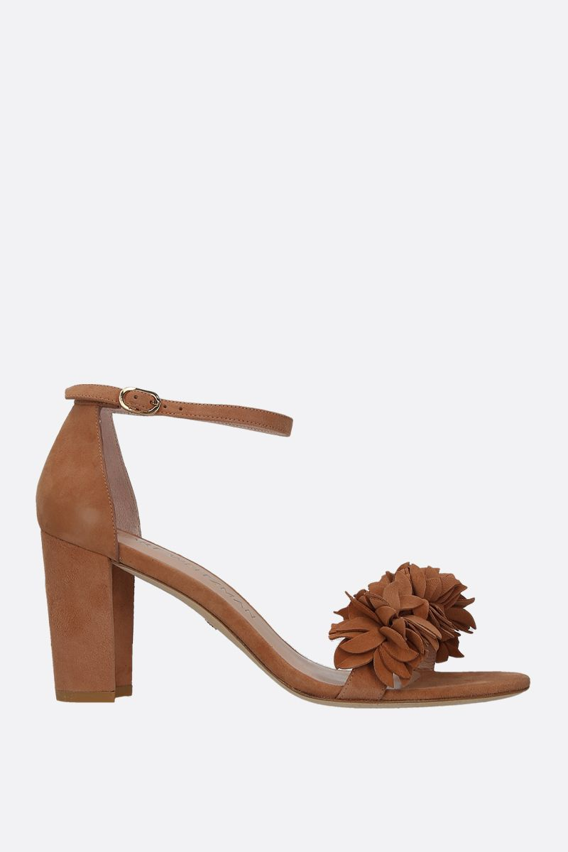 STUART WEITZMAN: Nearlynude Flower suede sandals Color Neutral_1