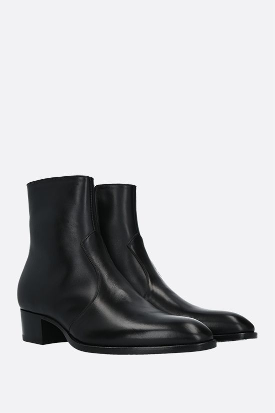 SAINT LAURENT: Wyatt shiny leather ankle boots Color Black_2