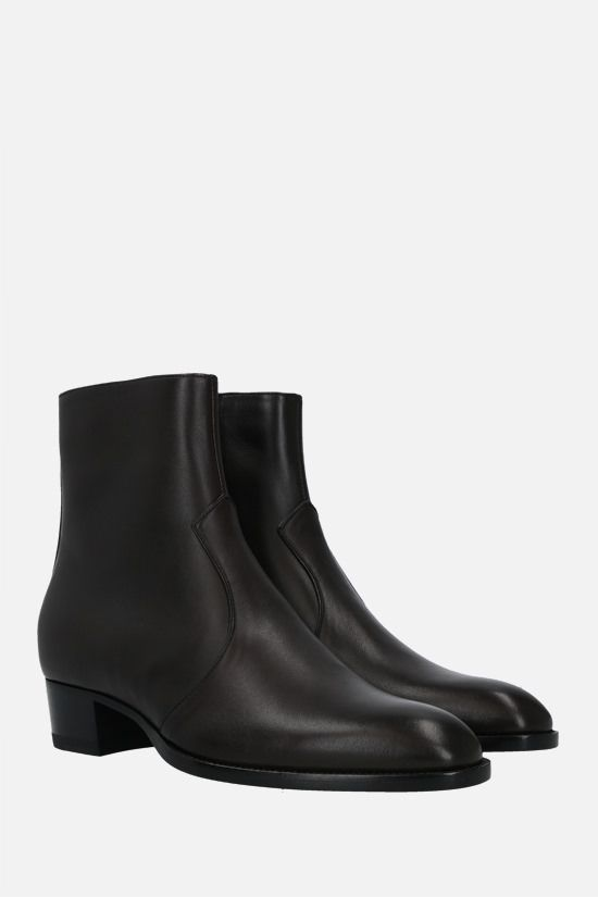 SAINT LAURENT: Wyatt smooth leather ankle boots Color Brown_2