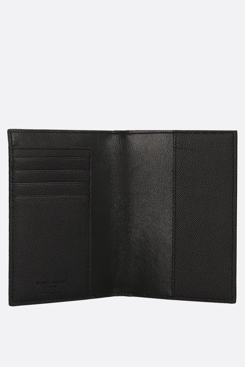 SAINT LAURENT: porta passaporto in pelle Grain de Poudre Colore Nero_2